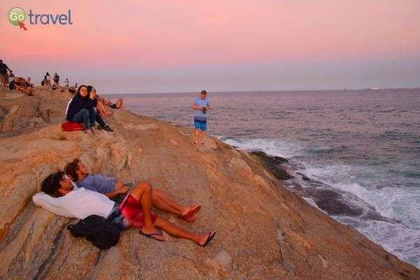 שקיעה על סלע איפנמה  (צילום: כרמית וייס)