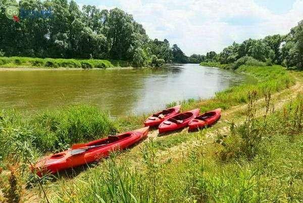 קייקים על נהר בוג, מחוז לובלין  (צילום: כרמית וייס)