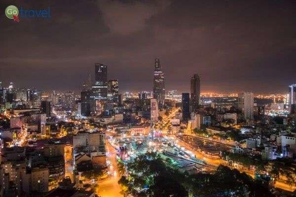 בעיר שאינה עוצרת - הו צ'י מין סיטי (צילום: Falco Ermert)