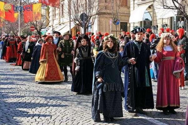 הקרנבל מסתיים במצעד מכובד   (צילום: Edoardo Forneris)