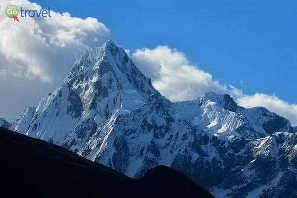 הרכס הלבן בפרו - 6,768 מ'   (צילום: CC Esmée Winnubst)