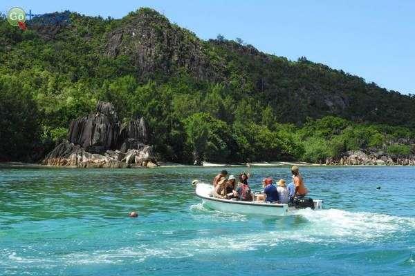 במהלך ההפלגה מבקרים באיים רבים (צילום: אמיר גור)