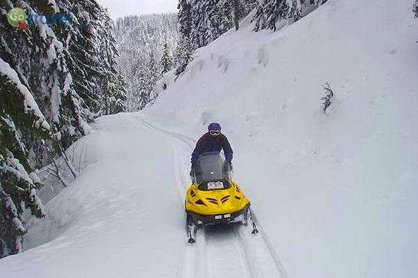 לדהור באופנועי שלג  (באדיבות MEDRAFT)