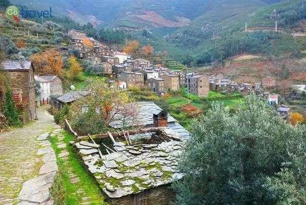בתי צפחה בכפר פיודאו (צילום: כרמית וייס)
