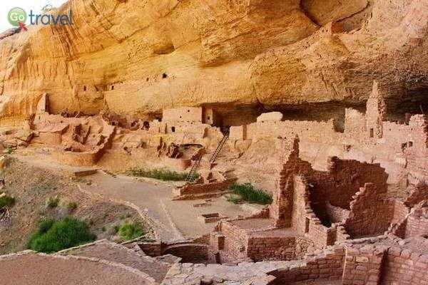 כפר איניאני קדום במסה ורדה  (צילום: daveynin)