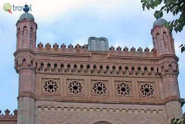 חזית בית הכנסת הכוראלי בבוקרשט   (צילום: MM)