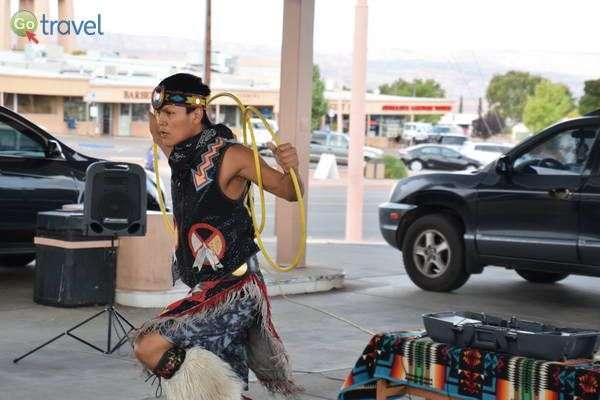ריקוד בני הנאוואחו (צילום: הילה וייס טישלר)