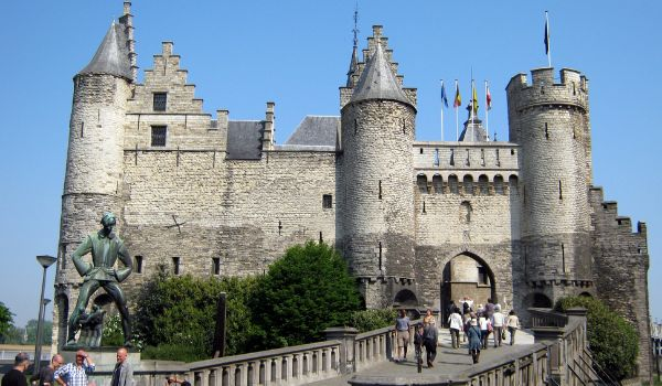 מצודת בעיר אנטוורפן (צילום: Philip Roeland)