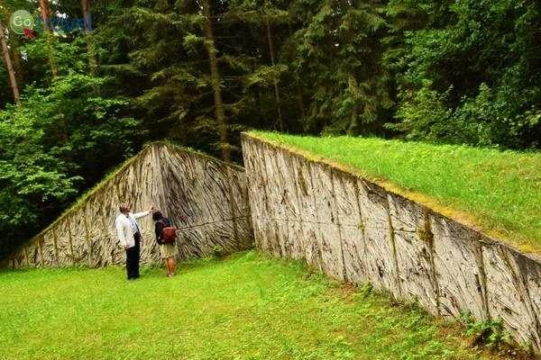 קירות של זיכרון (צילום: כרמית וייס)