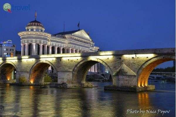 נהר וארדאר לעת ערב (צילום: Nace Popov)