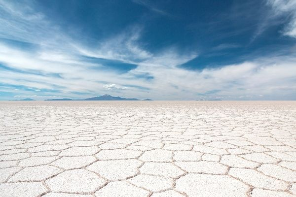 סלאר דה אויוני, מדבר המלח הגדול בעולם (צילום: Samuel Scrimshaw)
