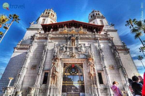 הטירה של הרסט  (צילום: Justin Vidamo)