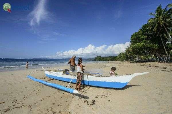 """ה""""בנקה"""" - סירה מסורתית בפיליפינים (צילום: איציק יוגב)"""