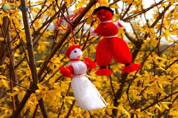 בובות פריון כחלק מהמסורת (צילום: Klearchos Kapoutsis)