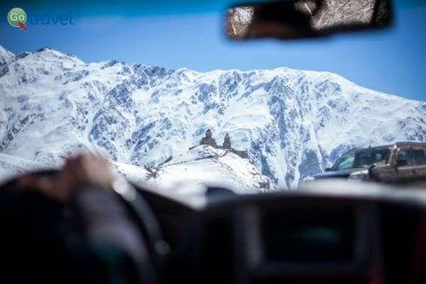 מטפסים לפסגות הגבוהות ברכס הקווקז  (צילום: באדיבות MEDRAFT)