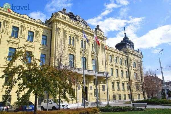 בית העירייה של קושיצה  (צילום: כרמית וייס)