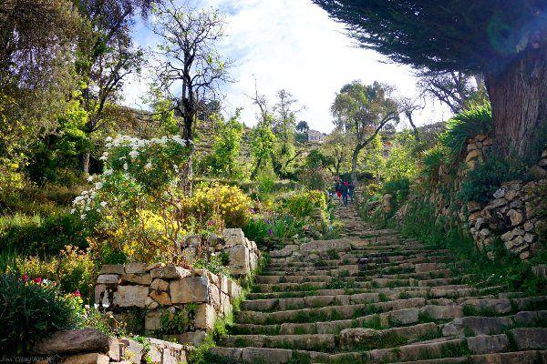 עליית מדרגות בגובה 4,000 מטר כרוכה במאמץ לא מבוטל (צילום: Jim)