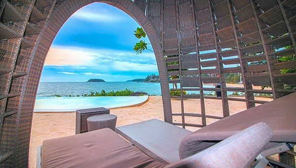 מלון קסום על חוף קטה-נוי  (The Shore by Katathani)
