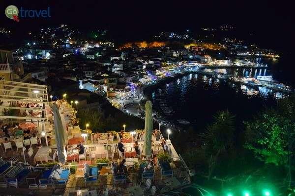 מסעדת קסטרו ואורות פארגה  (צילום: כרמית וייס)