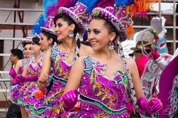 רקדניות בפסטיבל (צילום: JavSanchez)
