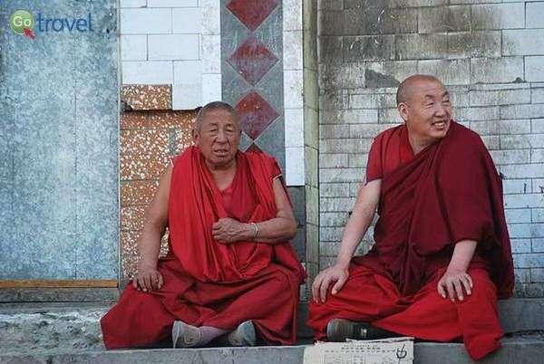 נזירים טיבטיים (צילום: הילה וייס)