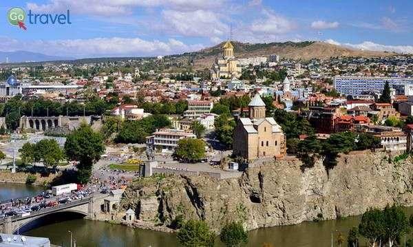 טביליסי ונהר מתקווארי  (צילום: Vladimer Shioshvili)