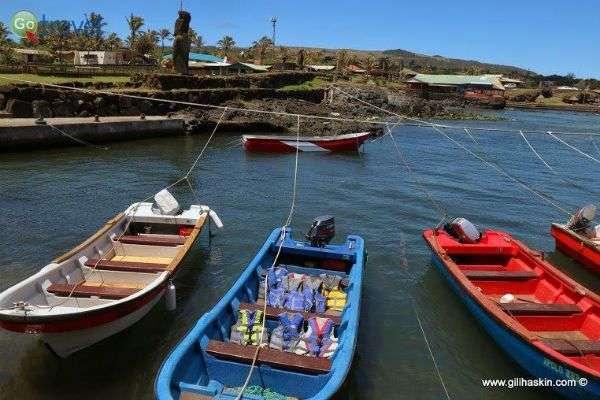 """הנמל ה""""עירוני"""" ביותר באי (צילום: גילי חסקין)"""
