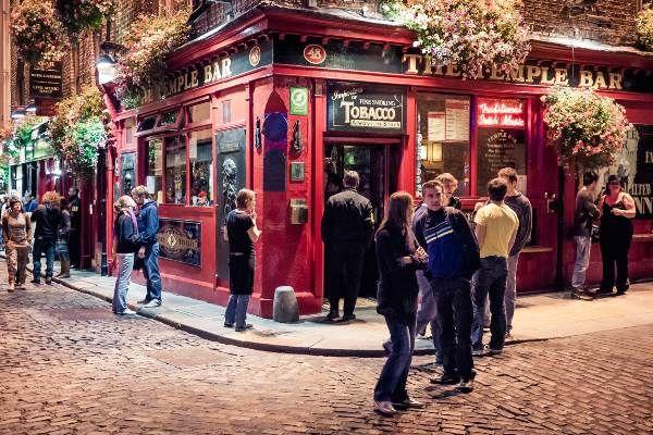 הטמפל בר בדבלין - מקדש הבירה הבלתי מעורער (daspunkt)
