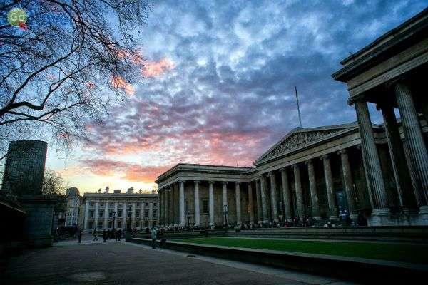 המוזיאון הבריטי לעת שקיעה (צילום: Paul Hudson)