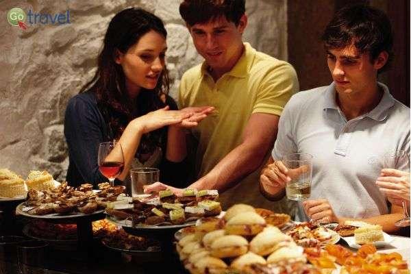"""ארוחת """"פינצ'וס"""" - הטאפאס הצפוני    (צילום: Bilbao tourismo)"""