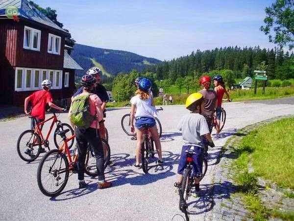 טיול אופניים בהרי הענקים  (צילום: צחי גלובין)