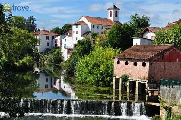 העיירה סן פאלה (צילום: Bernard Blanc)