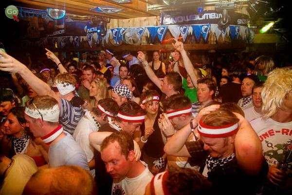 מאיירהופן, מבלים בפסטיבל סנובומביג  (באדיבות: Mayrhofen)
