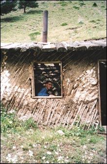 בקתת רועים, טרק באלברוס, גאורגיה
