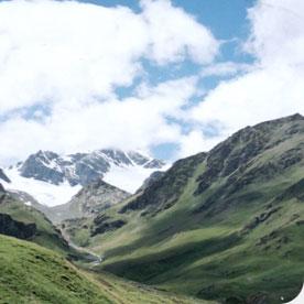 ירוק ירוק ולבן, טרק לאלברוס, גאורגיה