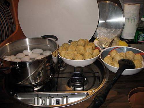 אוכל בקרוואן, המטבח בקרוואן