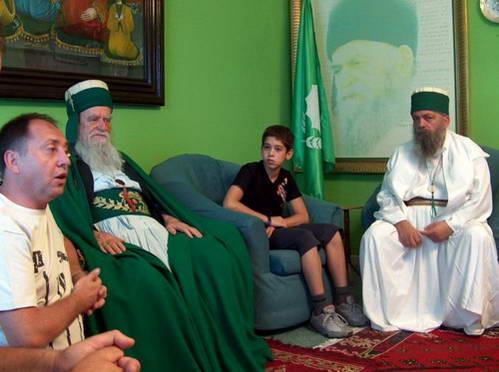נכבדי דת בקטשים, אלבניה