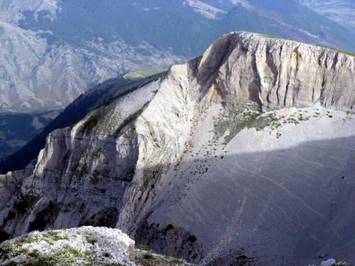 פסגת הר תומור, אלבניה