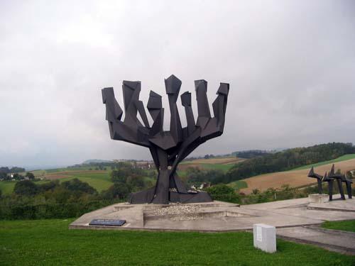 האנדרטה לזכר מחנה הריכוז מאוטהאוזן, אוסטריה