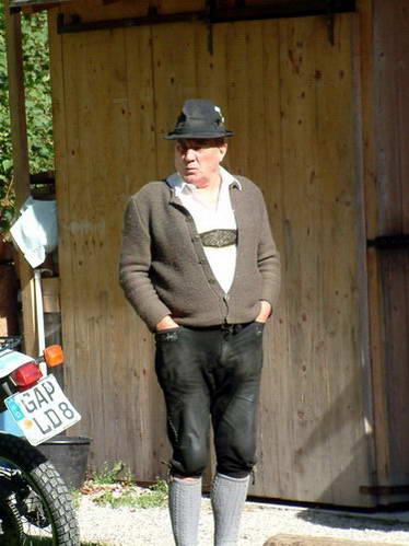 תושב טירול בבגדים מסורתיים, אוסטריה