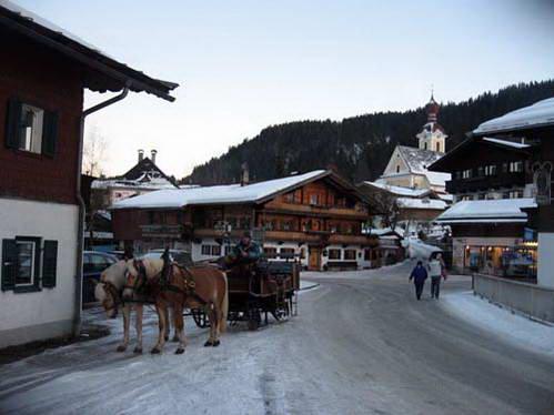 אלמאו, אוסטריה