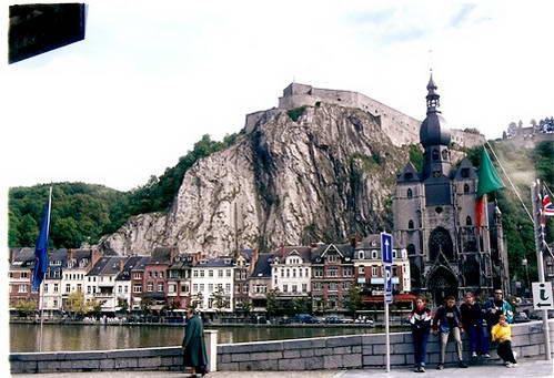מצודת דינאן, הרי ההארדנים, בלגיה