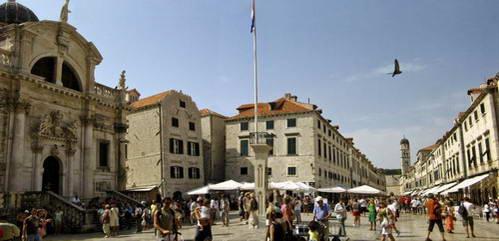 הכיכר המרכזית, דוברובניק, קרואטיה