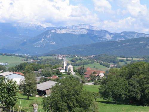 נוף בהרים מעל אקס-לה-בן