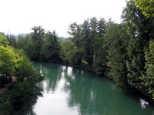 תעלת סוויאר, מקשרת את נהר הרון עם אגם בורג'ה