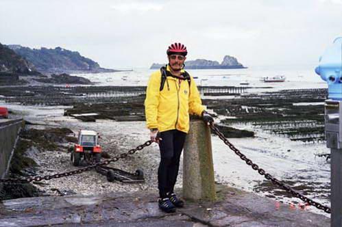 קנקל, חווה לגידול צדפות מאכל על קרקעית הים בשפל