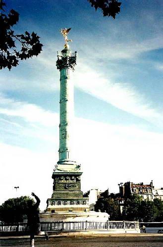 עמוד יולי בכיכר הבסטיליה