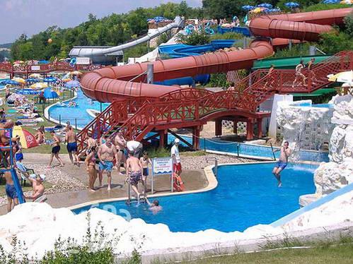 פארק המים אקווה ארנה, לטייל עם ילדים בבודפשט