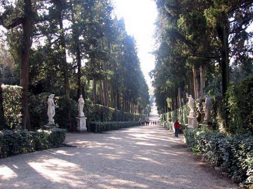פסלים בגני בובולי, פירנצה