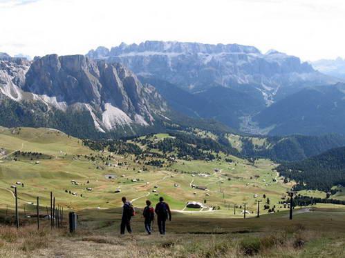 רכס סשדה זרוע מסלולים ובקתות הרים